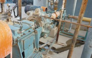 压滤机给料泵工作原理及设计